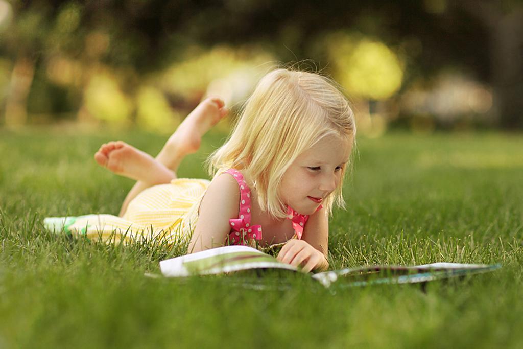 Tak dowodzą badania NEA (amerykańskiej agencji wspierającej sztukę). Ich wyniki mówią, że ludzie czytający regularnie chętniej udzielają się obywatelsko i kulturowo. Są pewniejsi siebie, łatwiej przychodzi im formułowanie myśli…